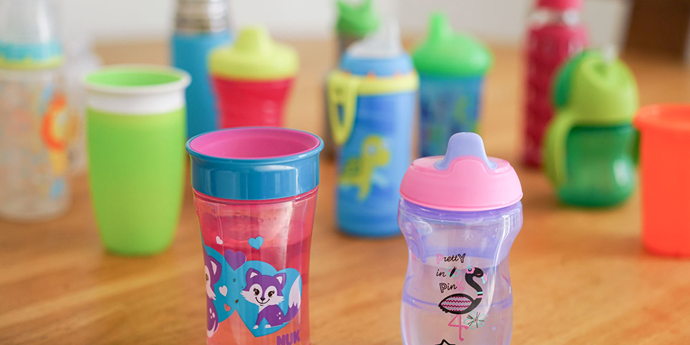 help your baby switch from a bottle to a sippy cup