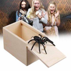 scare prank spider box